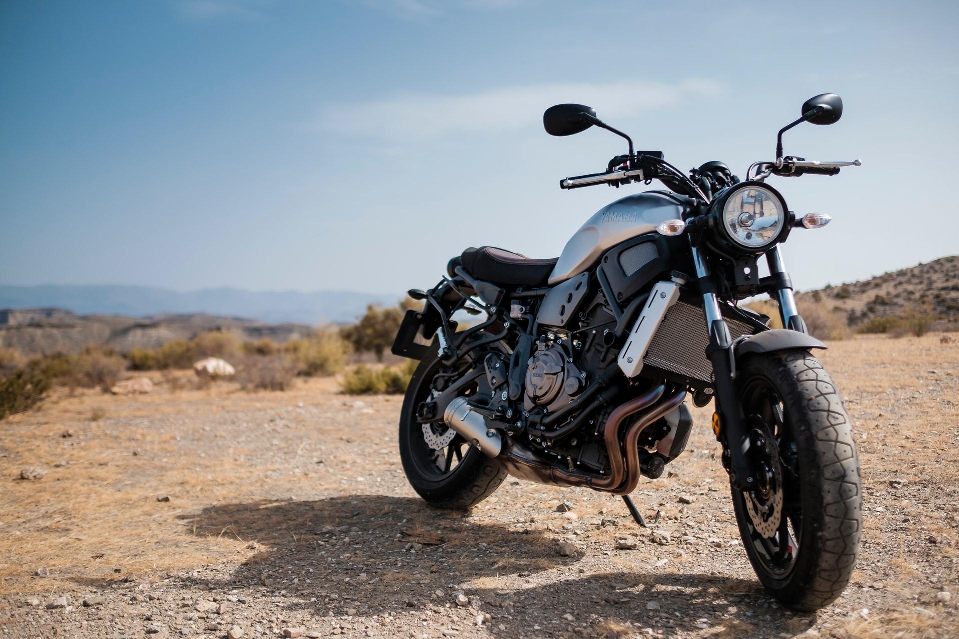 motorbike-white